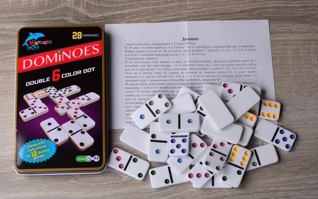 Настольная игра «Домино цветное»