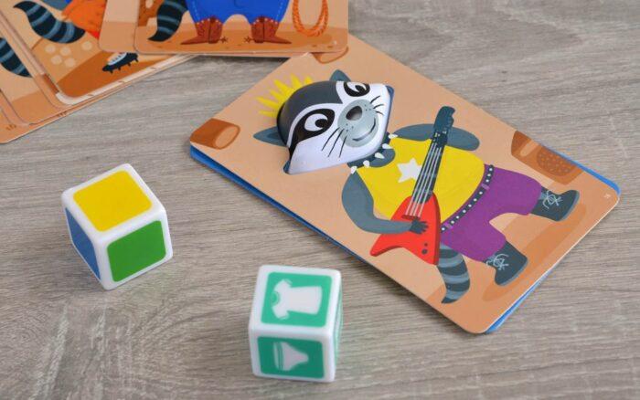 Кубики (цвета и одежды)